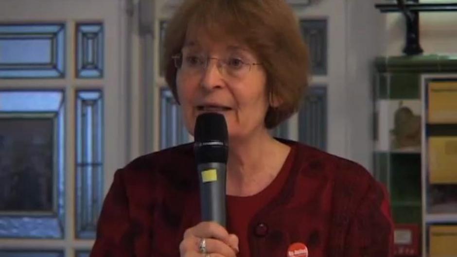 Mouvements féministes face aux défis politico-religieux, Monique Dental