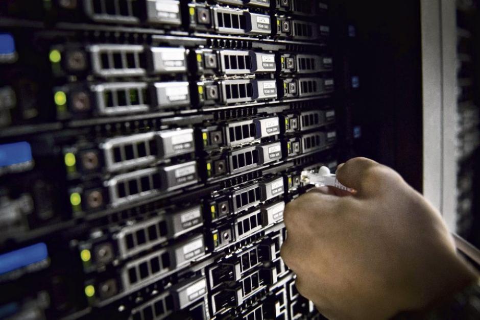 Loi sur le renseignement : Une surveillance généralisée inacceptable (PCF)