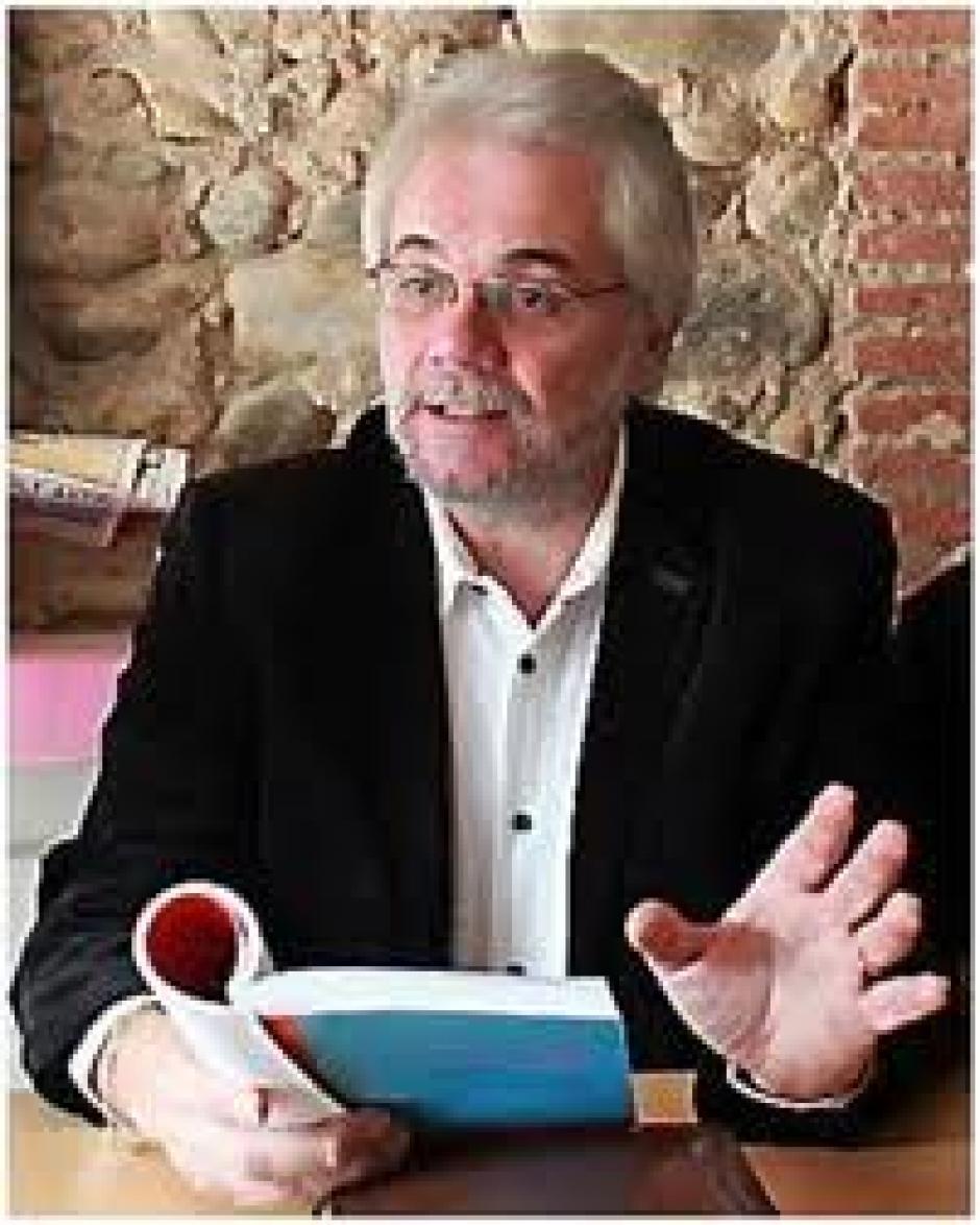 Un pôle public du médicament, Jean-Luc Gibelin