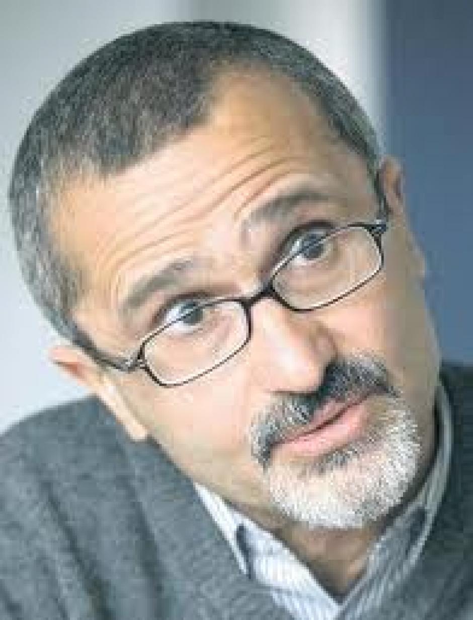 Sortir de la crise : la nécessaire reconquête de l'industrie, Nasser Mansouri-Guilani*